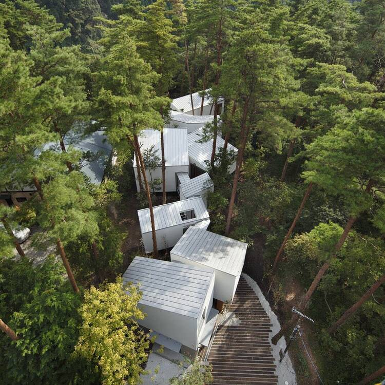 Residence in Daisen [The Aperture in the Forest] / Keisuke Kawaguchi