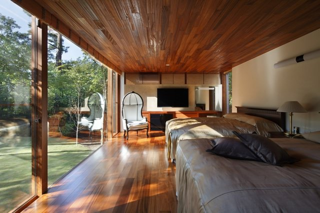 Residence in Daisen [The Aperture in the Forest] image3
