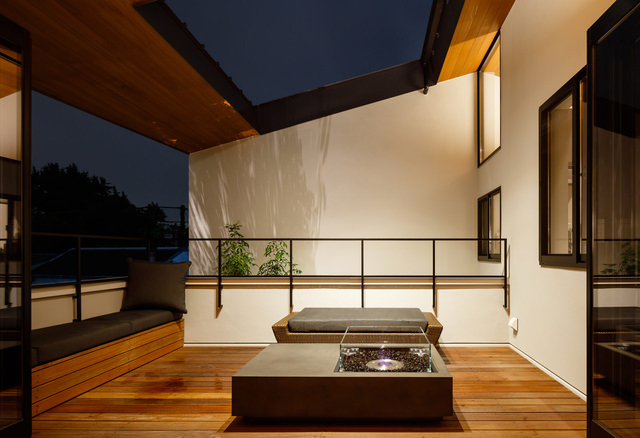 House in Yamate: T's residence  thumbnail1