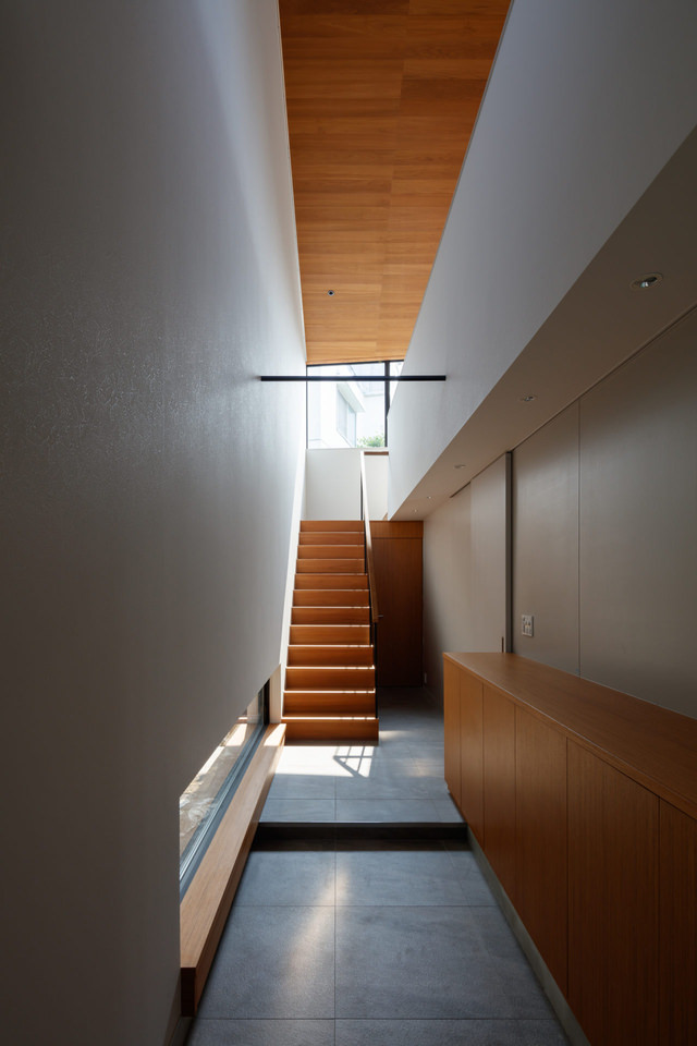 House in Yamate: T's residence  thumbnail6