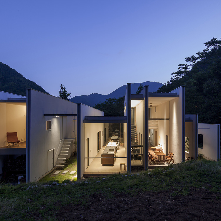Second house in mountain / Gen Inoue