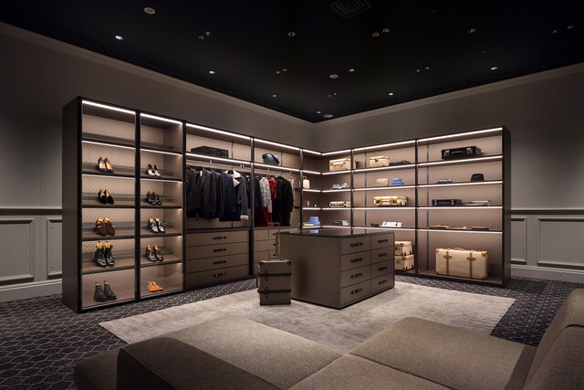 The Wardrobe for GLOBE-TROTTER by Molteni&C thumbnail1