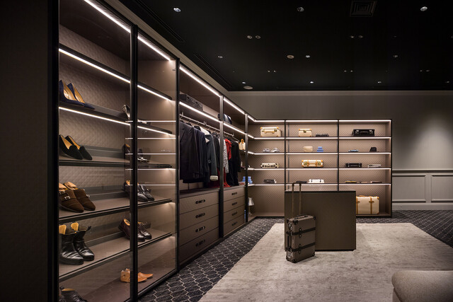 The Wardrobe for GLOBE-TROTTER by Molteni&C thumbnail2
