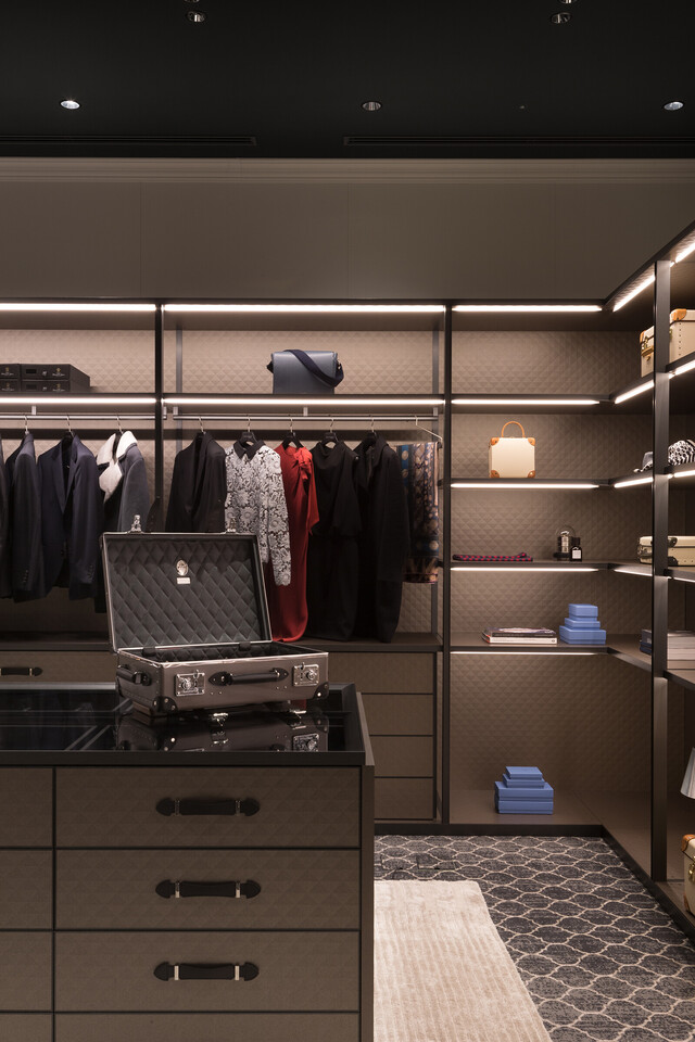 The Wardrobe for GLOBE-TROTTER by Molteni&C thumbnail7
