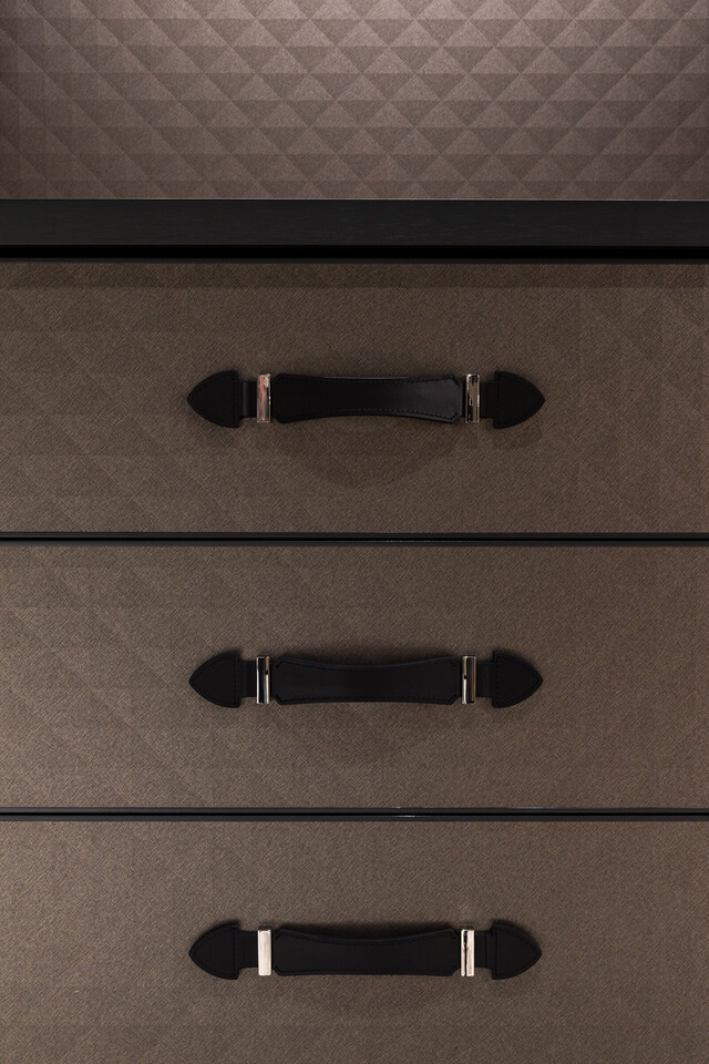 The Wardrobe for GLOBE-TROTTER by Molteni&C thumbnail13